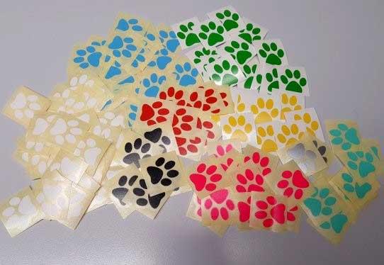 j cut aufkleber gallerie farbige hunde katzen pfoten 2 - j-cut-aufkleber-gallerie-farbige-hunde-katzen-pfoten-2